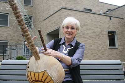 UMSL educator donates $2 million instrument collection to Sheldon