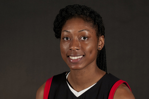 Hazaria Washington, a junior forward on the UMSL women's basketball team