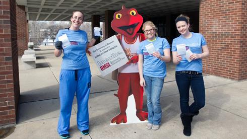 UMSL students Lindsey Laird, Bekah Cripe, Kaitlyn Hanlin