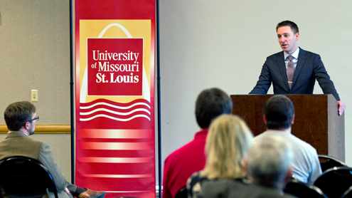 Missouri Secretary of State urges UMSL student-veterans to take action