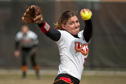 Hannah Perryman, freshman pitcher on the UMSL softball team