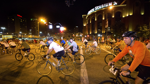 Thousands of cyclists help UMSL, Moonlight Ramble celebrate 50 years