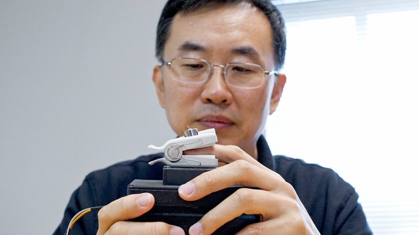 UMSL scientist named NAI Fellow for blood glucose measuring device