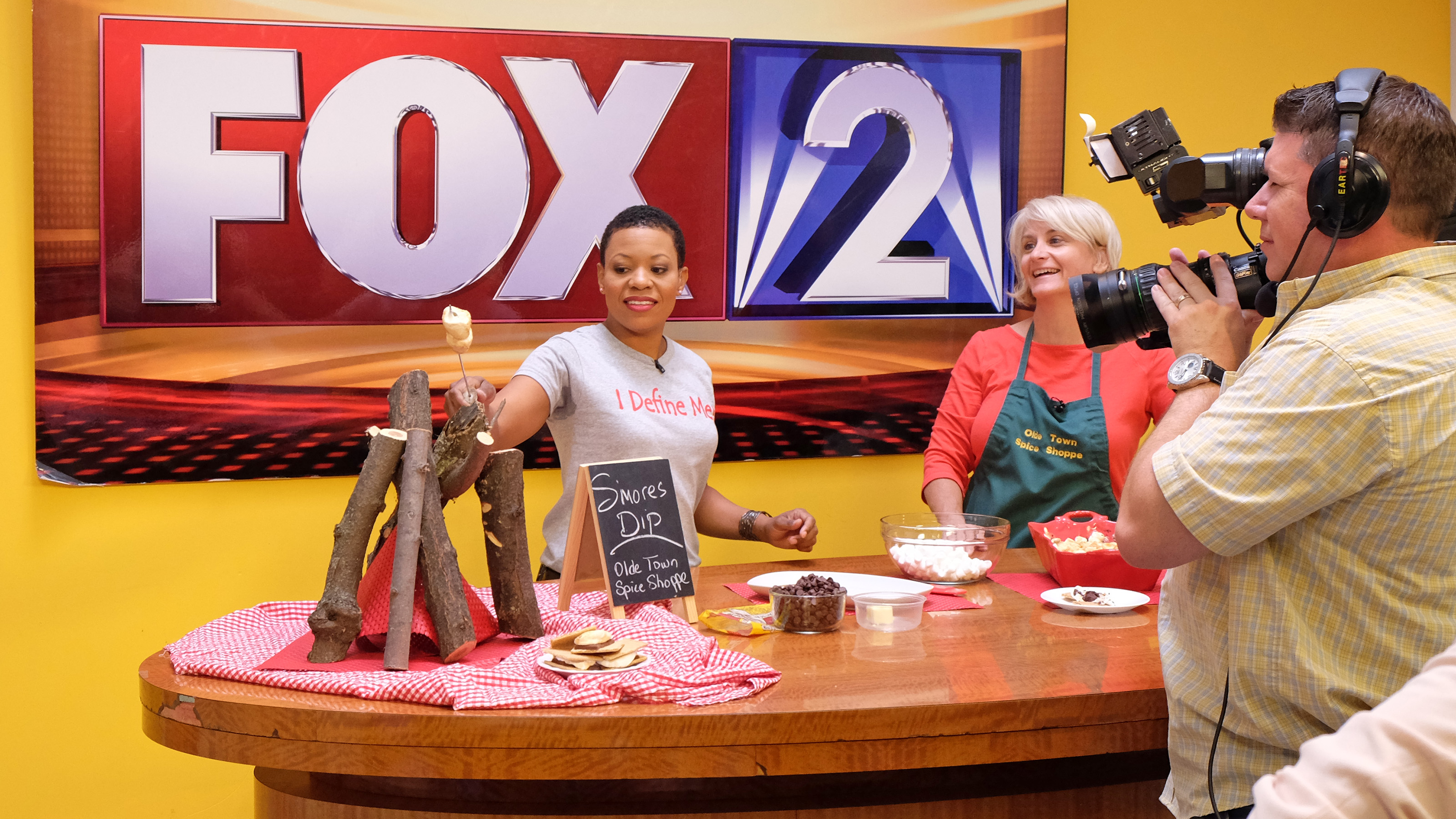 Alumna Kim Hudson gets morning show on FOX 2