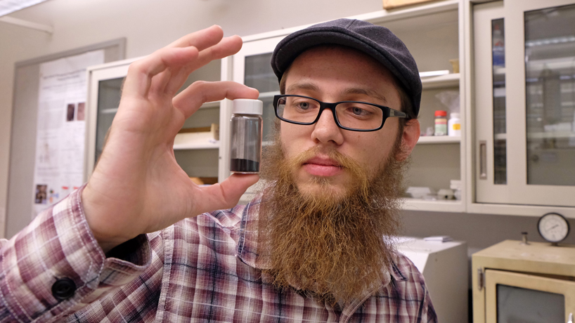 Grant spurs undergrad's research toward better batteries, vehicles