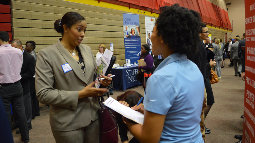 Students, employers put faces to applications at job fair in Mark Twain