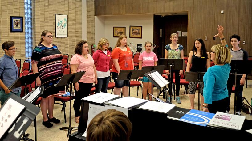 New ensemble course creates Women's Chorale