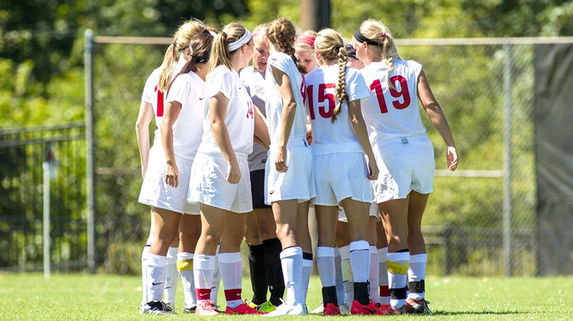 Women's soccer receives NSCAA Academic Award for 2014-15 year
