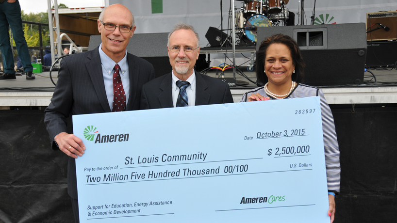 Ameren partners with UMSL to enhance Opportunity Scholars, Bridge programs