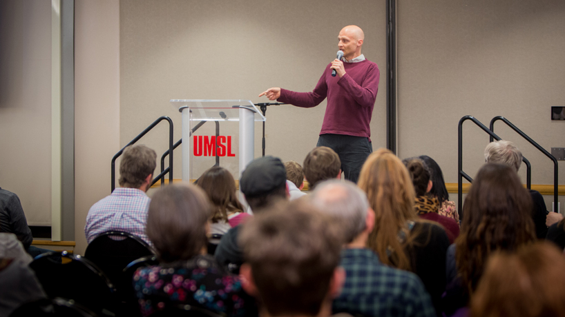 Laughter, lessons punctuate The Onion founder's campus visit