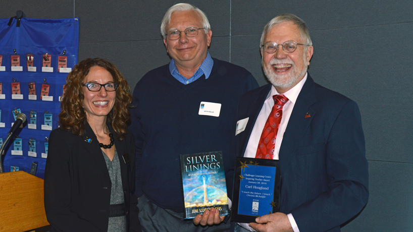 Challenger Learning Center St. Louis honors UMSL faculty member, alumni