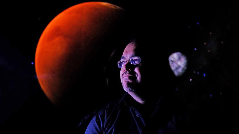 Martian life: Less alien, possibly algae at best, says UMSL astrobiologist