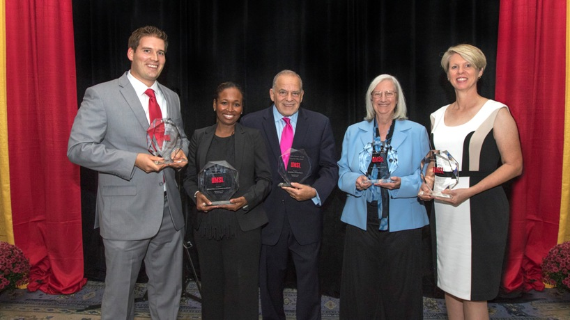 5 excellent alumni formally recognized at annual event