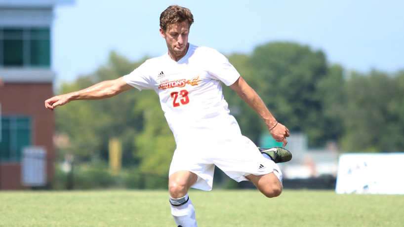 Athletics Q&A with senior defender Evan Garrad