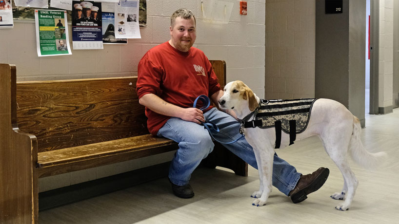 Bill Schnarr and Babe pave way at UMSL for student veterans with service animals