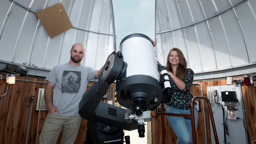 Star hoppers: Students chart the sky, bring space up close at observatory open houses