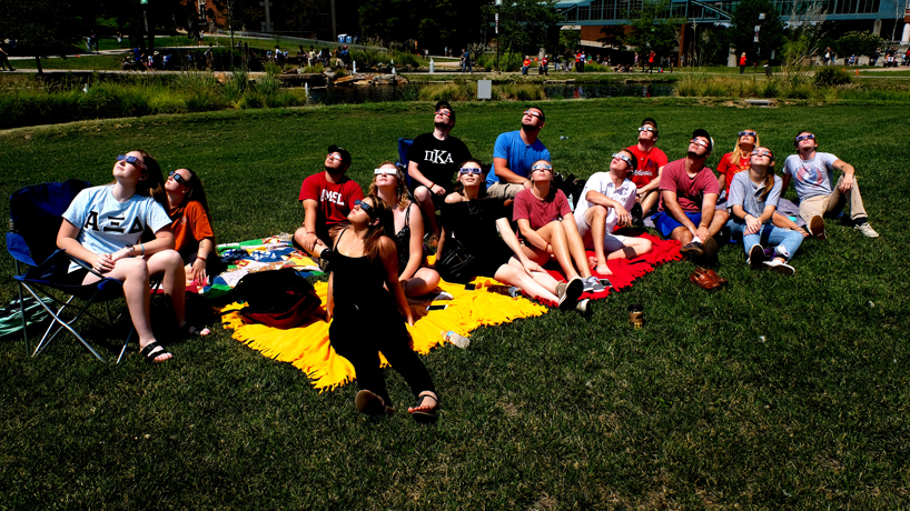 Eclipse watch party at UMSL