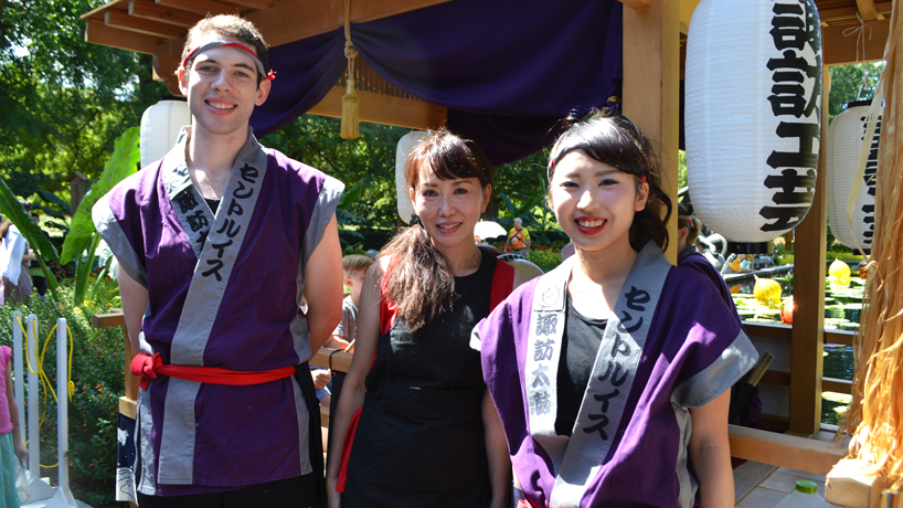 UMSL faculty member, students drum up excitement during Missouri Botanical Garden's Japanese Festival