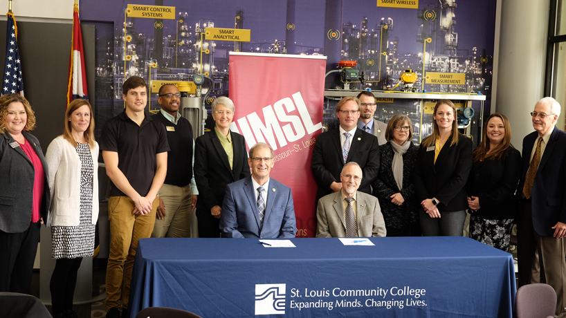 UMSL, STLCC partnership aims to help meet the need for more STEM teachers