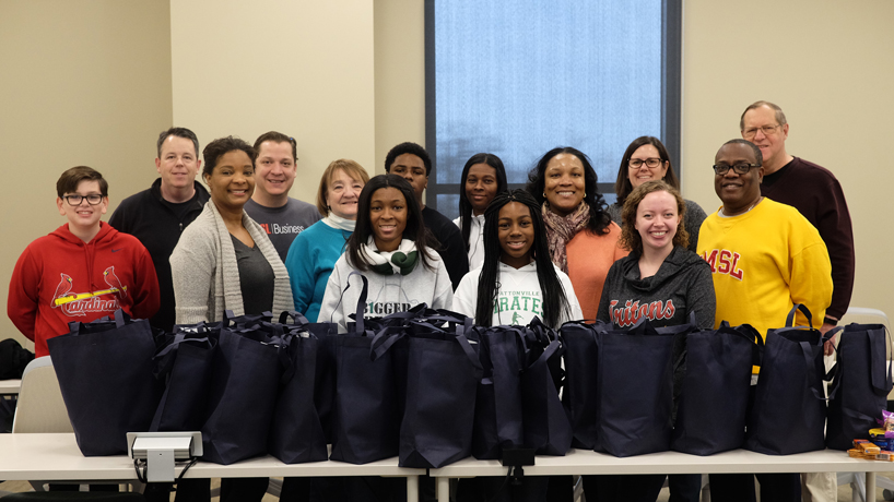 Alumni unite to fight food insecurity among students