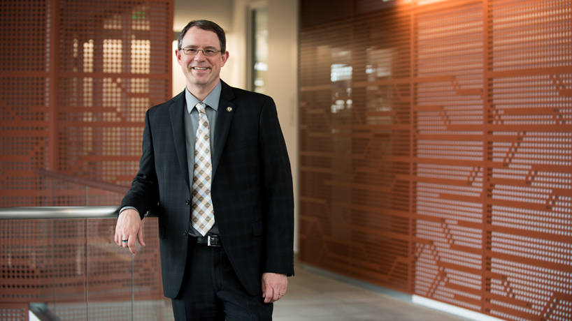 Andrew Kersten named new dean of the College of Arts and Sciences