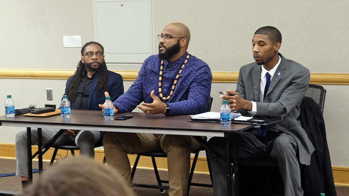 Panel examines patriotism through the experiences of African Americans