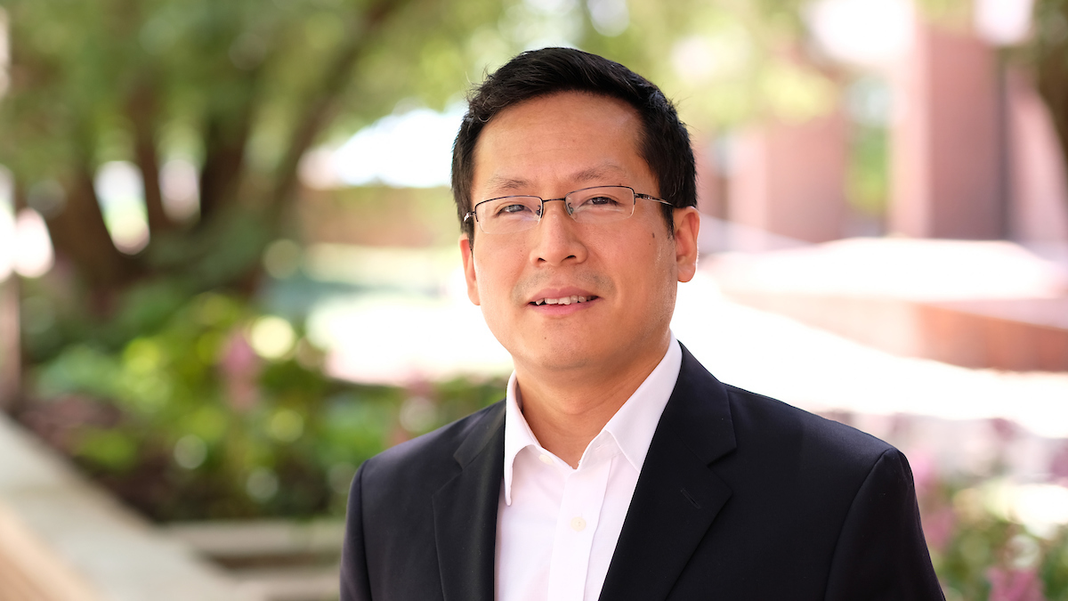 Jianli Pan receives recognition, funding for work on edge cloud computing, cybersecurity