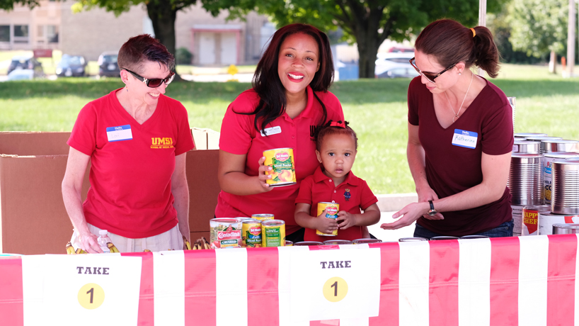 Social work alumna's dream becomes reality at first-ever Triton Mobile Pantry
