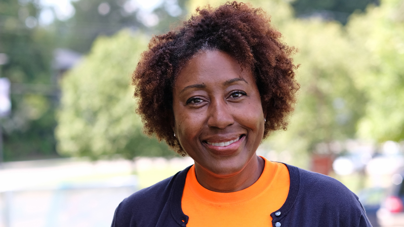 Advocate for St. Louis Area Foodbank brings resources back to her alma mater