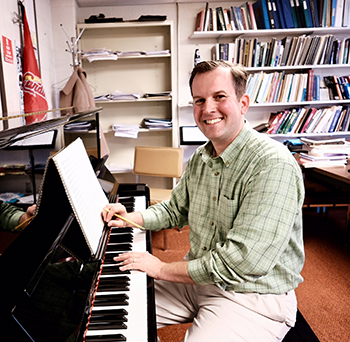 Associate Professor Zachary Cairns premiers new composition at