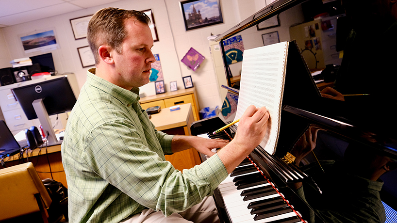 Associate Professor Zachary Cairns premiers new composition at German festival's 10th anniversary