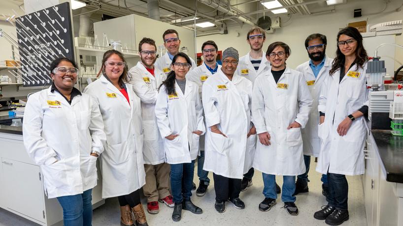 Eye on UMSL: Building good chemistry