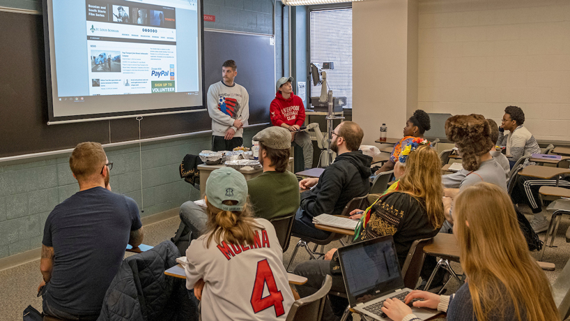 Communication courses help students move beyond cultural