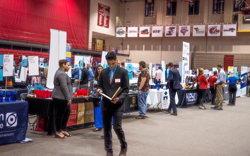 UMSL students are prepared to impress at Fall Internship and Job Fair