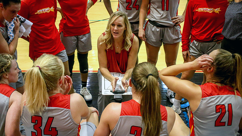 Community rallies to Head Coach Katie Vaughn after house fire