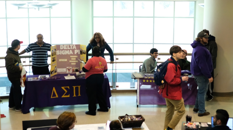 Students discover opportunities for campus connections at Spring Involvement Expo