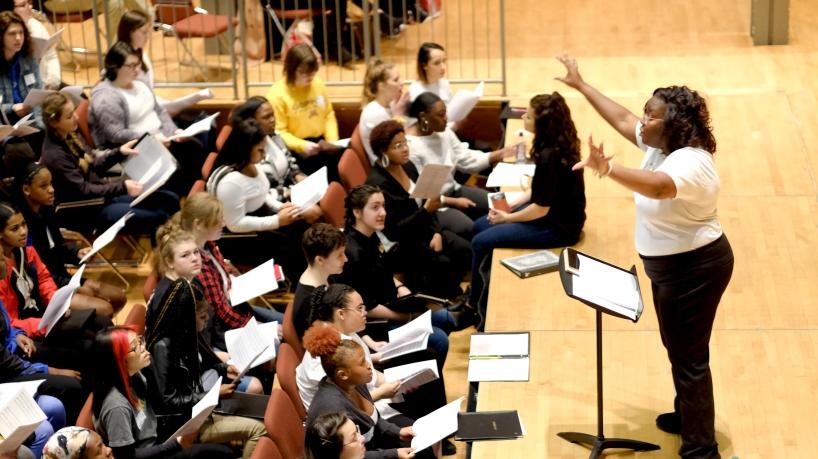 Choir rehearsal, Des Lee Fine Arts Festival