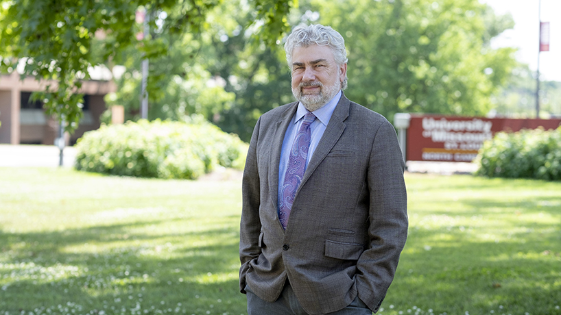 Chris Spilling named vice chancellor for research and economic and community development