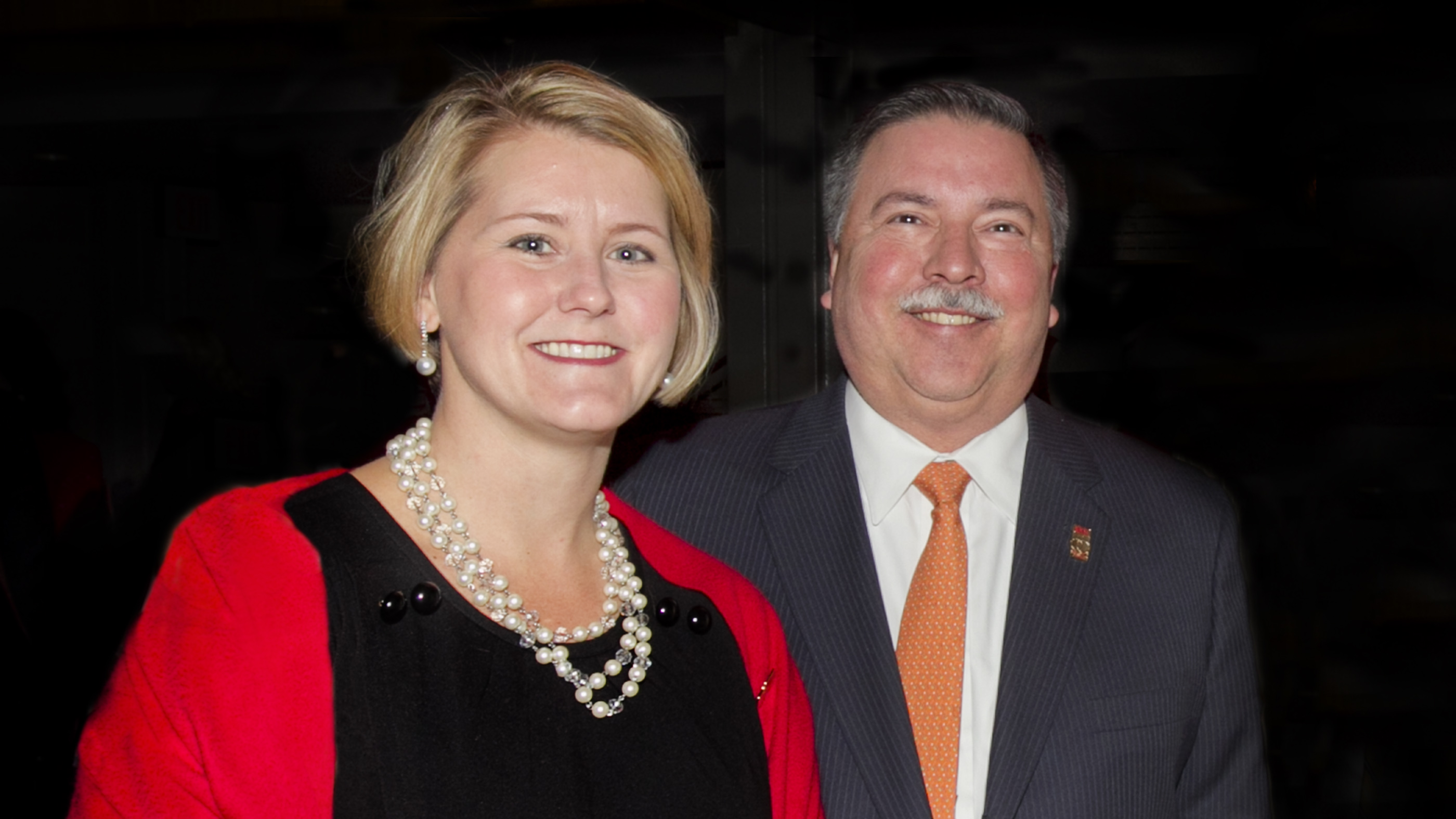 George and Melissa Paz make largest single philanthropic gift in UMSL's history