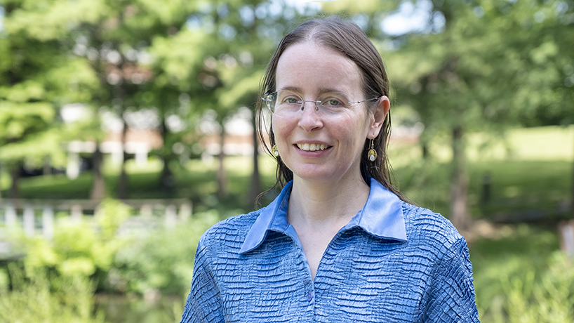 Dual awards support Professor Erika Gibb's work with comets, student mentoring