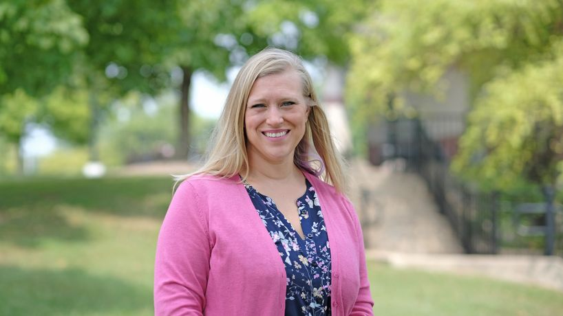 Economics alumna Lauren Dickens supports students, faculty at St. Charles Community College