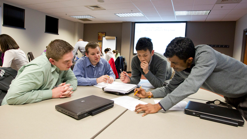UMSL master's programs score top-10 rankings in Intelligent.com higher education guide