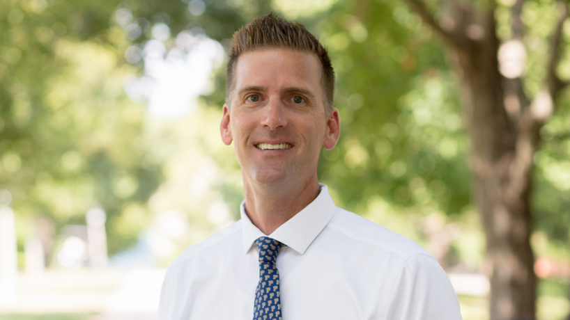 Doctoral student and former pro baseball player Pete Paciorek connects character education and sports