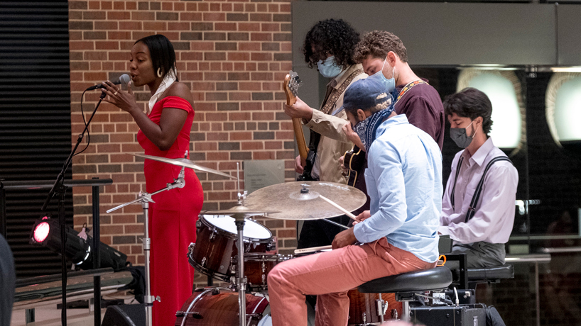 Everybodies band performs with Malena Smith as Founders Celebration
