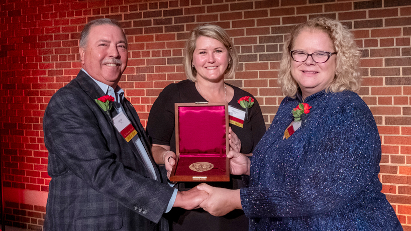George and Melissa Paz receive Lee Medal in recognition of their philanthropy