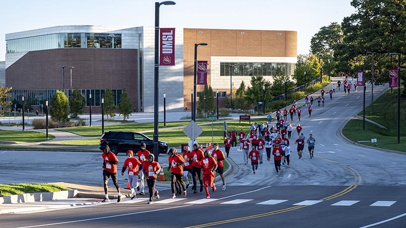 UMSL Alumni Association draws over 200 participants in inaugural 5k Run & Walk
